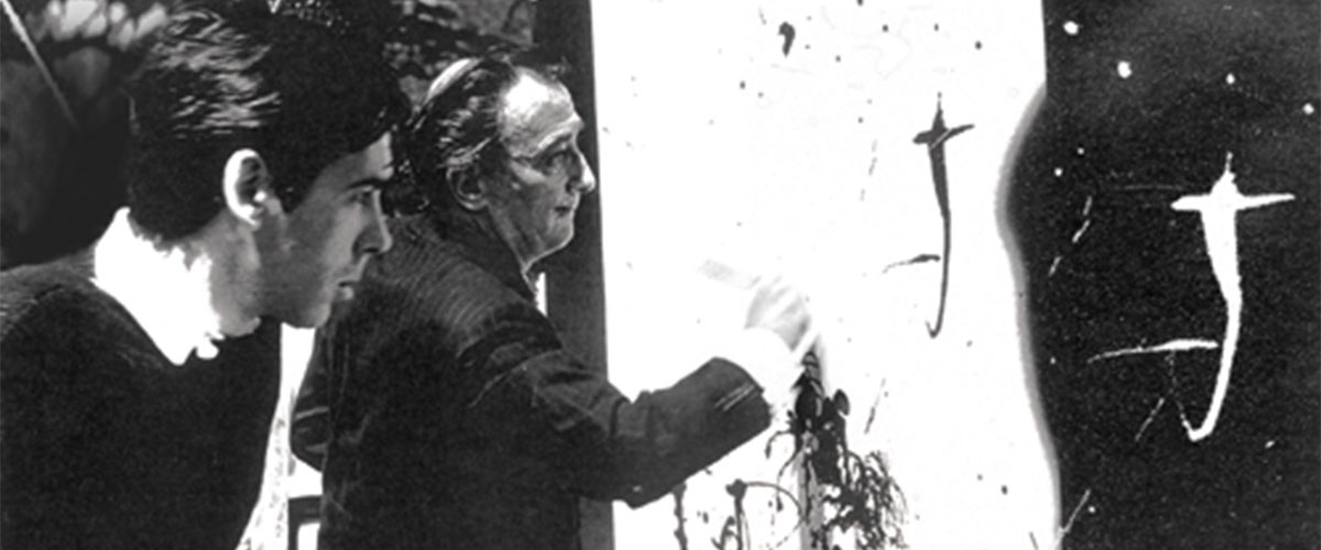 Dali painting the inside illustration of the album