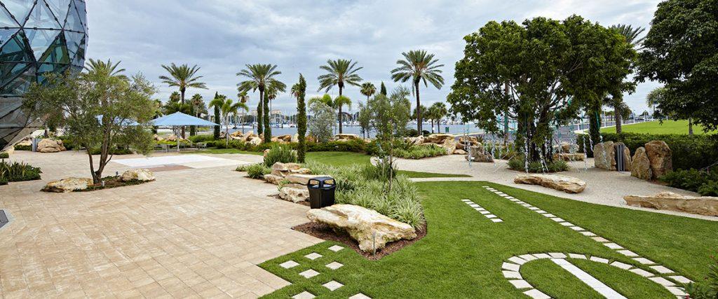 The Dali Museum's Avant-garden