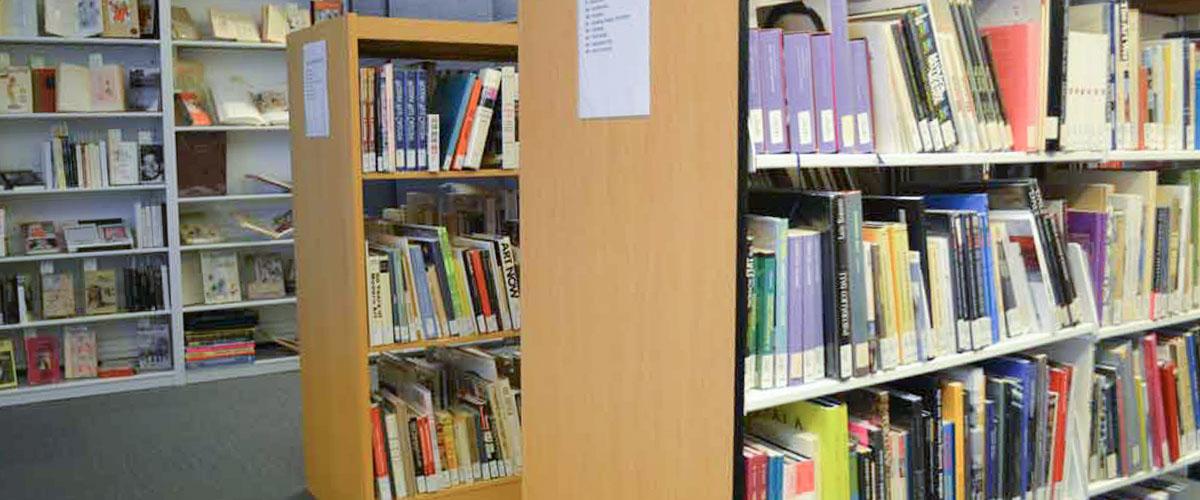 Dali Museum Library