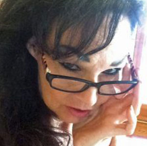 Dali Dozen's Anne Andersson's Headshot